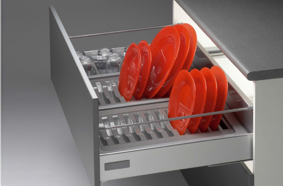 Glass And Plate Tray Modern Kitchen Modular Kitchen